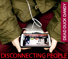 DISCONNECTING PEOPLE / Julien Falsimagne